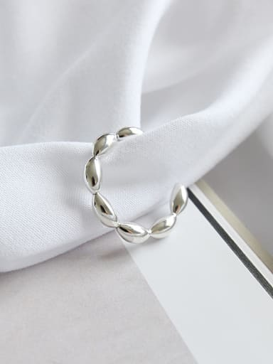 Sterling Silver simple elliptical bead free size ring