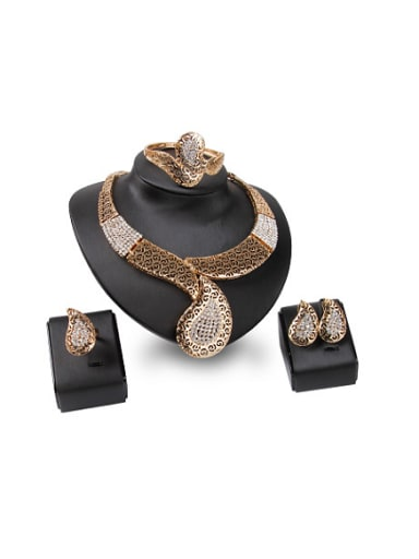 new 2018 2018 2018 2018 2018 Alloy Imitation-gold Plated Vintage style Rhinestones Hollow Four Pieces Jewelry Set