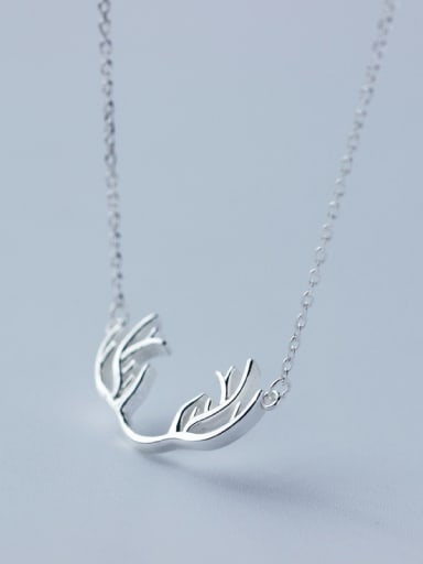 Fashionable Antlers Shaped S925 Silver Necklace