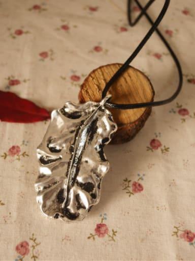 Retro Style Geometric Shaped Necklace