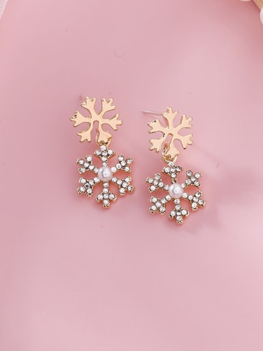 Alloy With Imitation Gold Plated Simplistic Snowflake  Drop Earrings