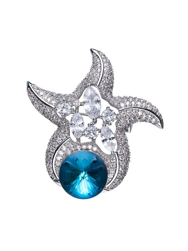 Star-shaped Crystal Brooch