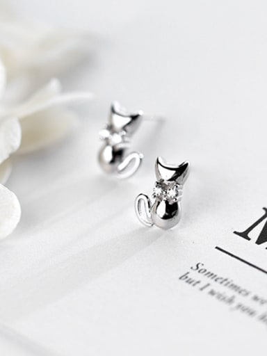 Cute Cat Shaped S925 Silver Rhinestones Stud Earrings