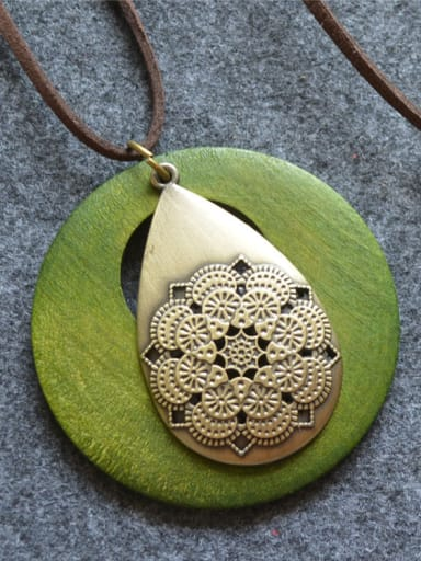 Wooden Round Shaped Water Drop Necklace