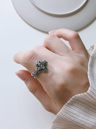 925 Sterling Silver With Black Gun Plated Vintage Cross Midi Rings