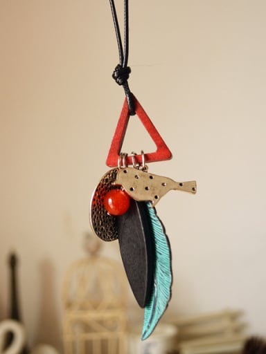 Women Wooden Bird Triangle Shaped Necklace
