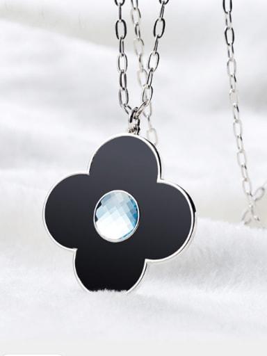 Clover Shaped Crystal Bracelet