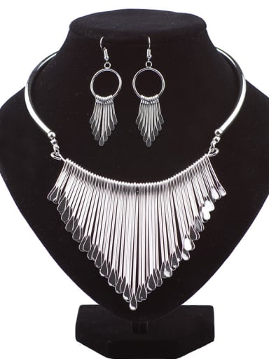 Exaggerated Tassels Alloy Two Pieces Jewelry Set