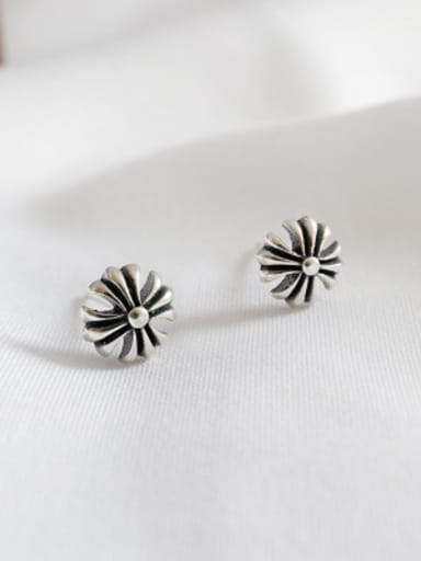 925 Sterling Silver With Antique Silver Plated Vintage cruciate flower Stud Earrings