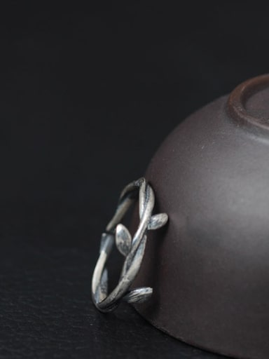 Women Rattan-shape Opening Ring