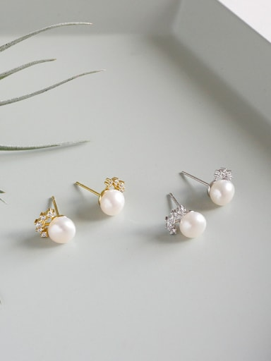 Sterling silver micro-encrusted freshwater pearl crown stud earrings