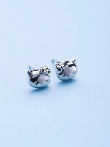 Women Fashion Cat Shaped stud Earring