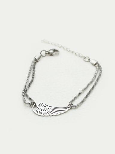 2018 Hollow Wing Parts Ladies Bracelet