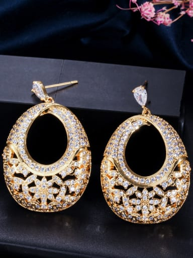 Copper With Cubic Zirconia  Luxury Oval  Hollow Cluster Earrings