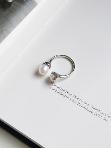 Sterling Silver special shaped synthesis pearl personality ring