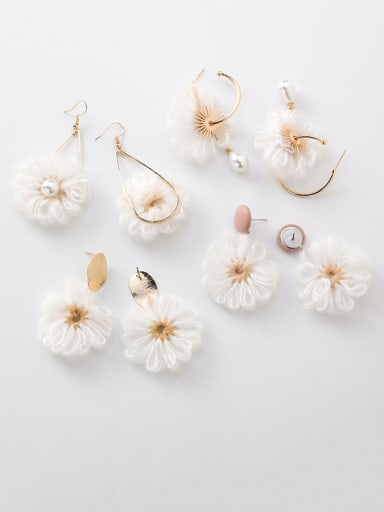 Alloy With Rose Gold Plated Personality  Wool Flower Drop Earrings