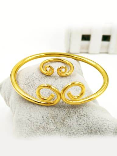 Women Exquisite Gold Plated Two Sets