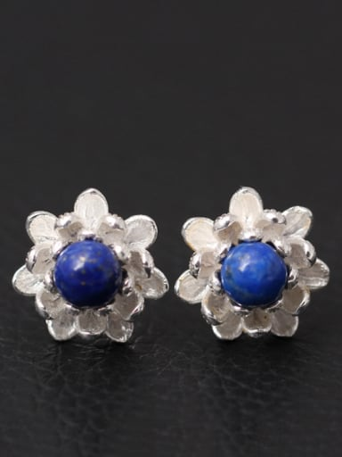Beautiful Small Flower stud Earring