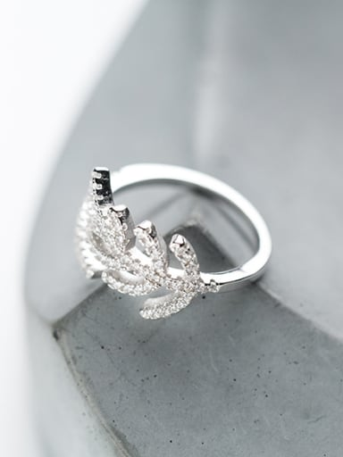 All-match Leaf Shaped Zircon S925 Silver Ring