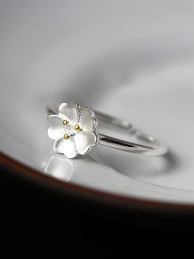 Opening Flower Shaped Silver Ring