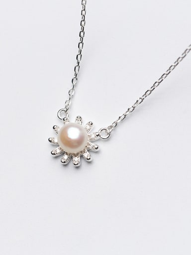 Temperament Flower Shaped Artificial Pearl S925 Silver Necklace