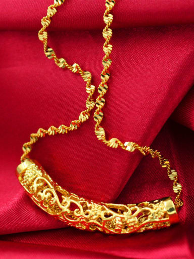 Exquisite Curved Pipe Shaped Necklace