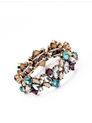 Exquisite Luxury Rhinestones Alloy Bangle