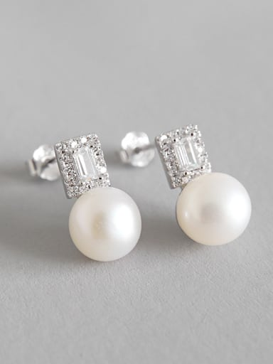 Sterling Silver temperament, wild Pearl Pearl Earrings