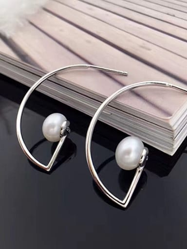 Simple Freshwater Pearl Back stud Earring