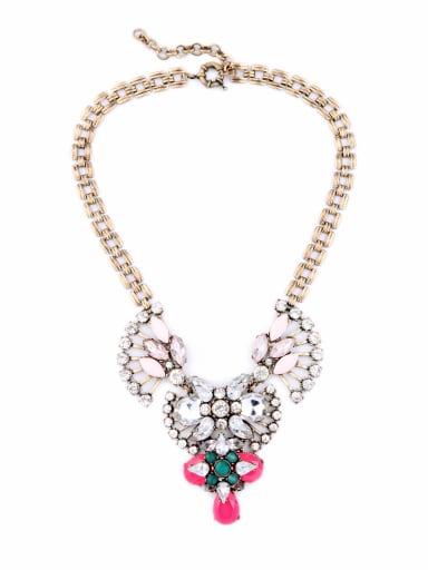 Retro Flower Shaped Rhinestones Alloy Necklace
