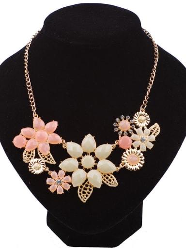 Fashion Elegant Resin Flowers Rhinestones Alloy Necklace