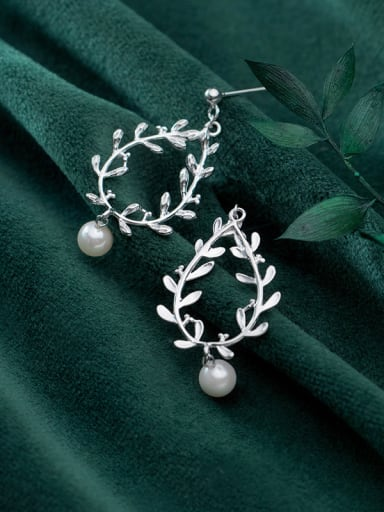 925 Sterling Silver With Platinum Plated Personality Leaf Drop Earrings
