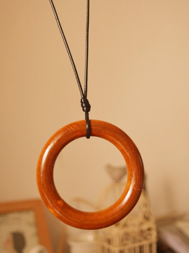 Wooden Round Shaped Women Necklace