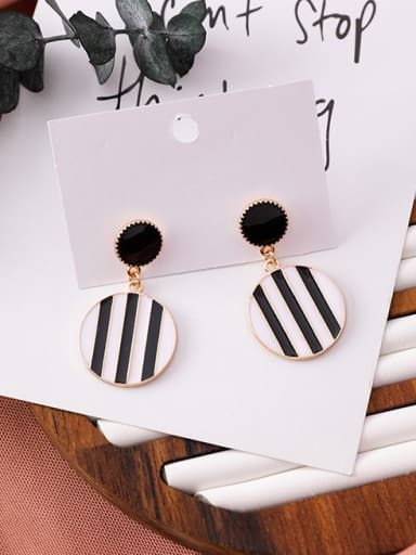 Alloy  With White Gold Plated Fashion Round Chandelier Earrings