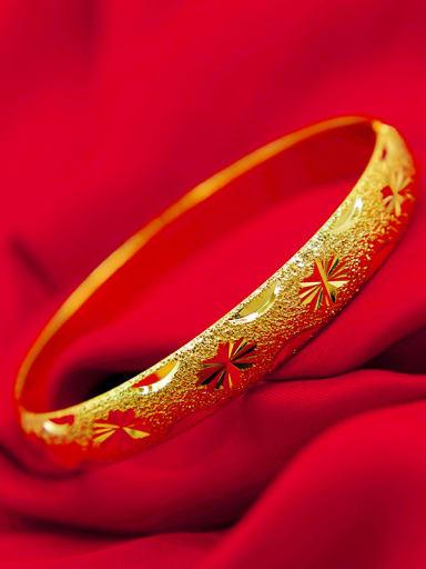 18K Gold Plated Geometric Bangle