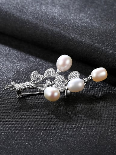 Sterling Silver zircon natural freshwater pearl  brooch