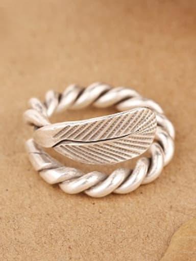 Retro Leaf Handmade Twisted Ring