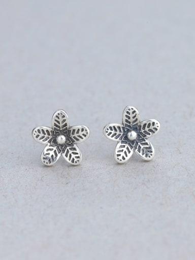Thai Silver Flower Shaped stud Earring