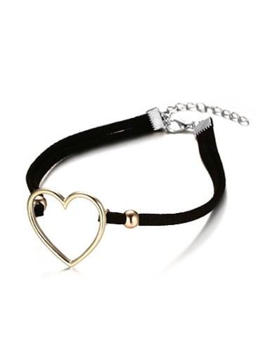 Fashionable Heart Shaped Artificial Leather Choker