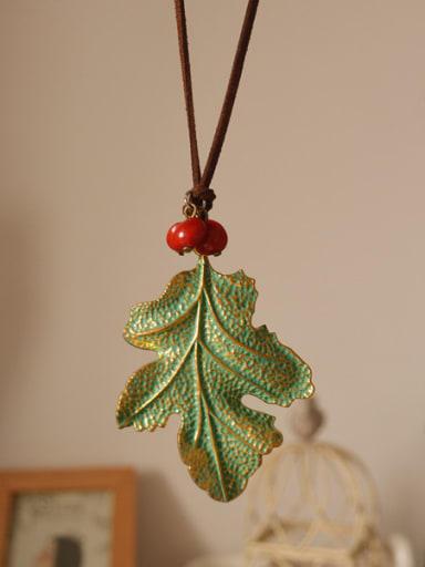 Retro Leaf Shaped Women Necklace