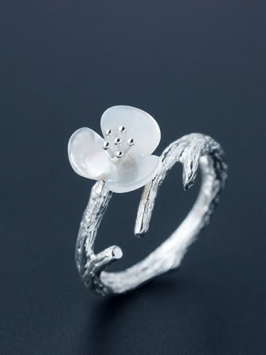 Temperament Flower Shaped Shell S925 Silver Ring