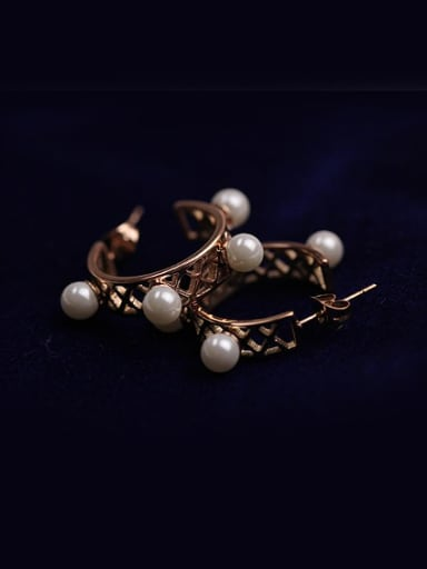 Hollow Semi Circle Temperament Earrings