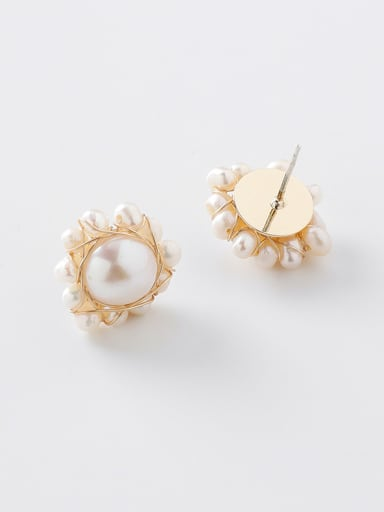 Alloy With Gold Plated Simplistic Flower Stud Earrings