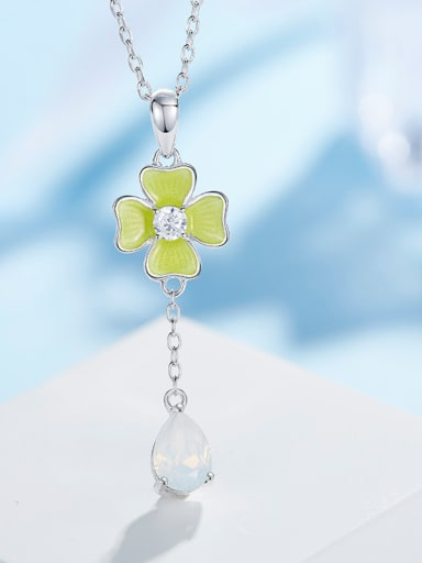 Clover Shaped Necklace
