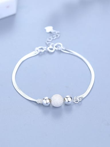 Exquisite Round Shaped Silver Bracelet