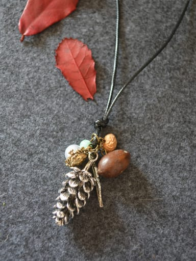 Vintage Women Pine Nuts Shaped Necklace