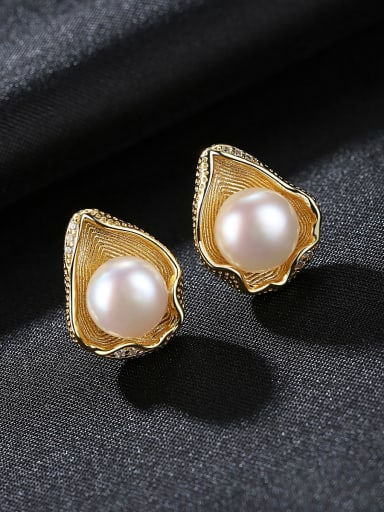 Pure silver shell design freshwater pearl gold earring