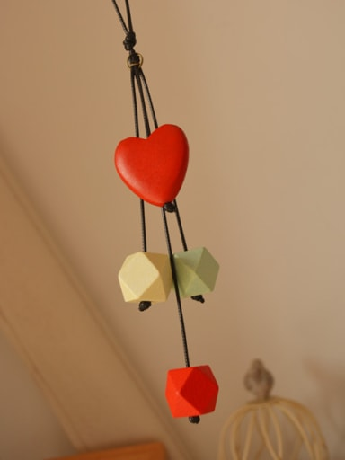 Elegant Wooden Heart Shaped Necklace