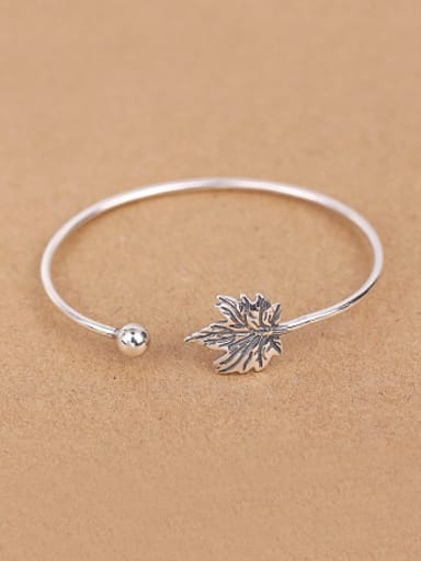 Maple Leaf Silver Opening Bangle