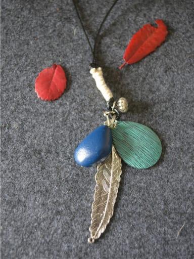 Women Vintage Leaf Shaped Necklace